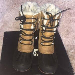 Sorel whistler mid winter boots